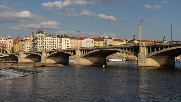 Чешский министр заявил о возможной высылке всех дипломатов России: Я готов ко всему
