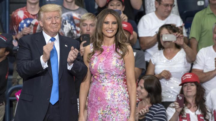 Жену и дочь президента Трампа назвали самыми привлекательными политиками США