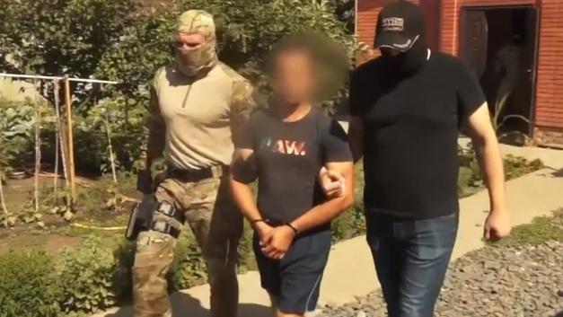 Крышевали нелегалов: В Ростовской области нейтрализовали банду, поставлявшую рабсилу [ВИДЕО]