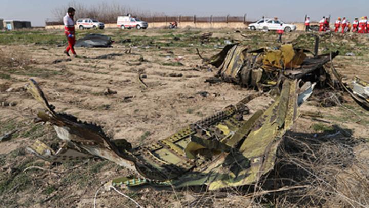 Зеленский потребовал от США, Канады и Британии доказательств удара ракеты по Боингу
