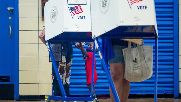 Переворот не исключается: Демократы готовят сценарий к возможному провалу на выборах