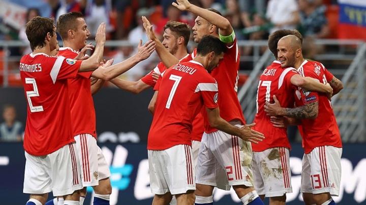 Сборная России: Рекордная победа, четыре гола Дзюбы