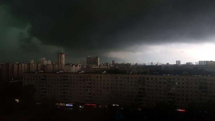 Грядущее десятилетие усиливающихся ударов непогоды изменит ментальность жителей России - климатолог