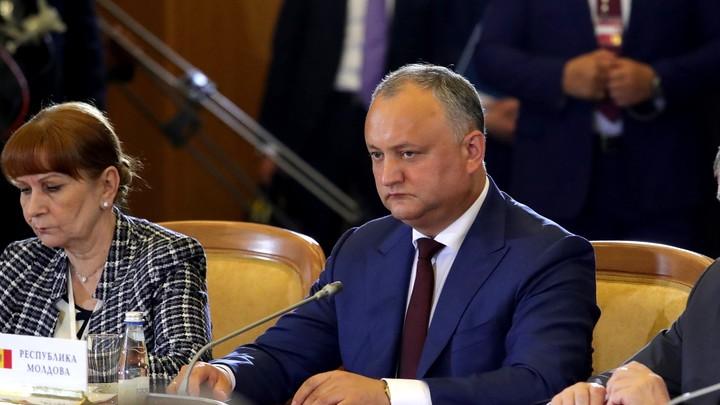 Судей в отставку: Премьер-министр Молдовы Майя Санду недовольна решениями Конституционного суда