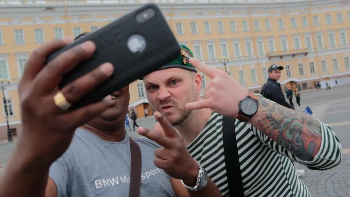 Как не взбесить русских: Американец дал соотечественникам ценные рекомендации по адаптации к России