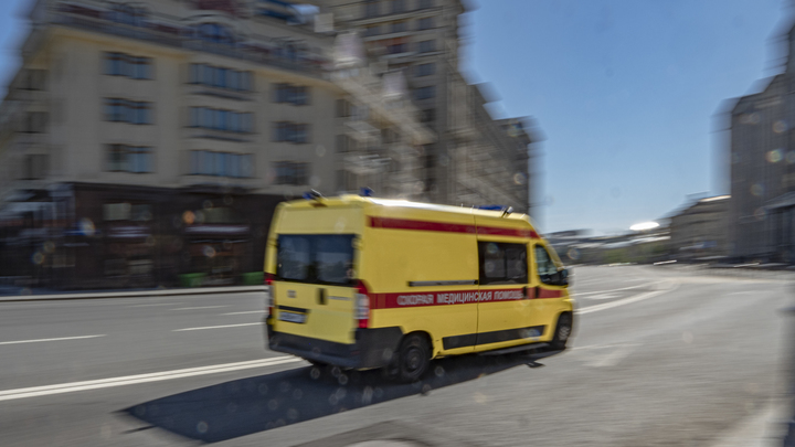 Полёт с 5-го этажа: Подполковник полиции выпала из окна коронавирусной больницы - СМИ
