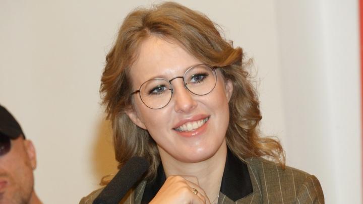 Скандал с Собчак дошёл до МИДа. Там молчать не стали: Вы, Ксения, наверное, опять без шапки?