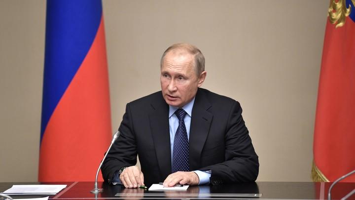 Санкции США и статус Каспия: Путин созвал Совет безопасности России