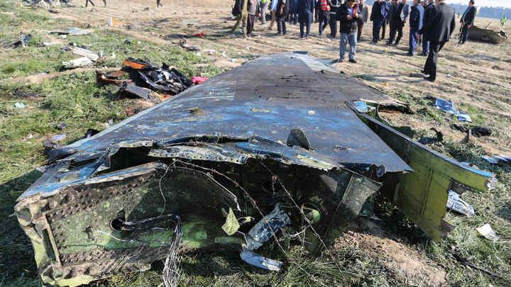 Говорить, что теракт или что был сбит, - рано: Украина получила доступ к чёрным ящикам рухнувшего Боинга
