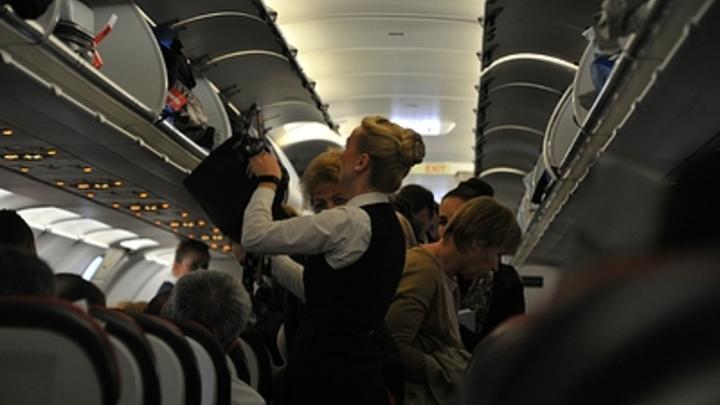 Рассадка в самолёте семьями: После ЧП в Шереметьеве депутат предложил ввести новое обязательство