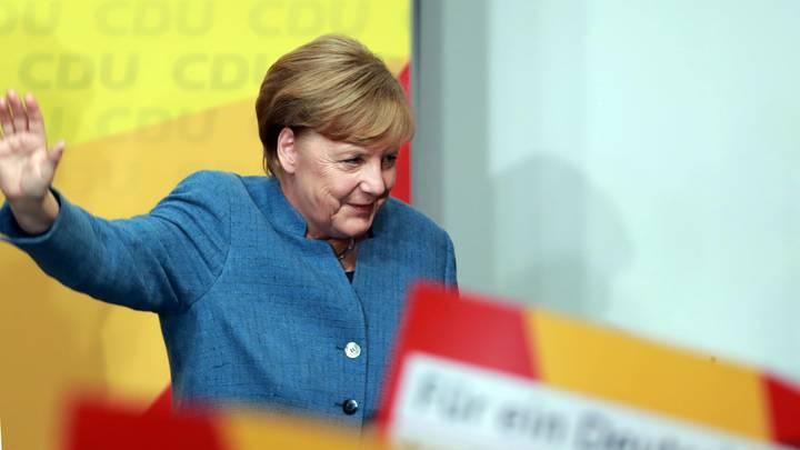 Меркель посетовала на неуверенный результат победы на выборах в бундестаг