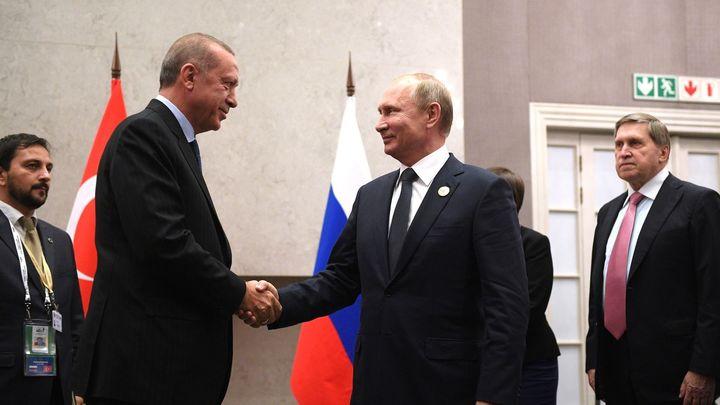 Эрдоган позвонил Путину, чтобы обсудить экономику