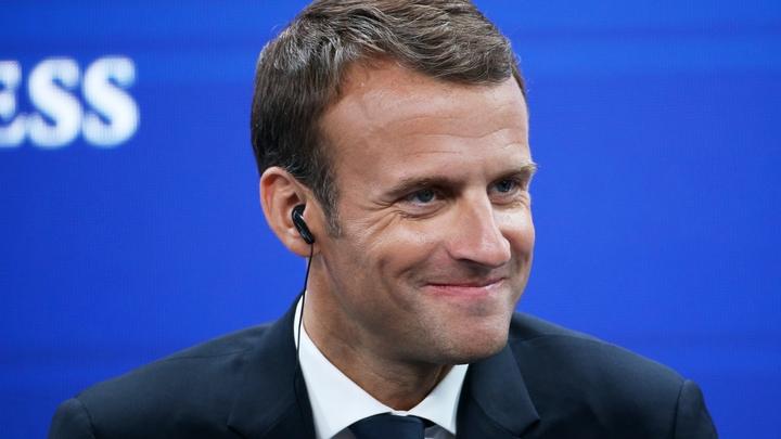«Перешел грань между пиар-ходом и общественным негодованием»: Le Figaro раскритиковала Макрона