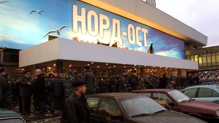 «Добивали всех, на ком была взрывчатка»: Как освобождали заложников «Норд-Оста»
