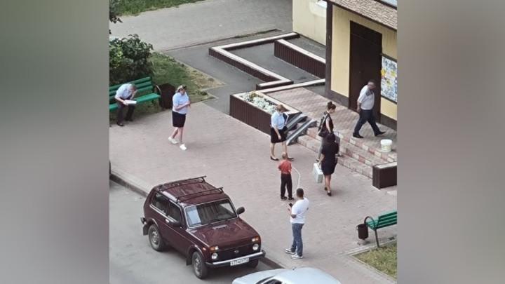 Кемеровчане сообщили о кровавом инциденте с тремя девочками-подростками