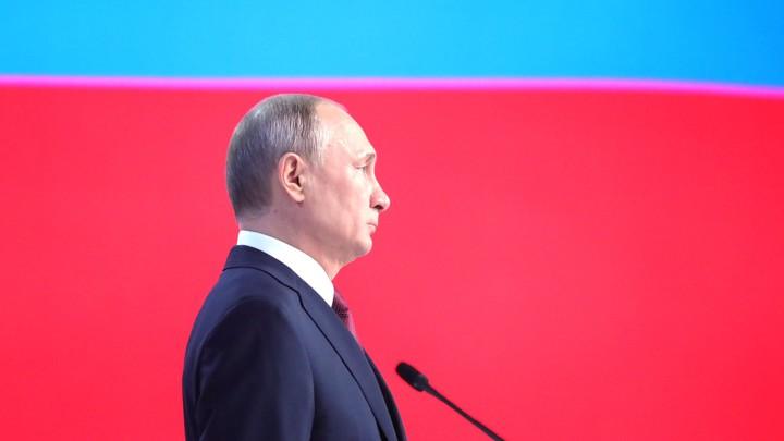 Тихий голос свиньи: Непереводимая игра слов Путина 19 лет ставит в тупик иностранцев