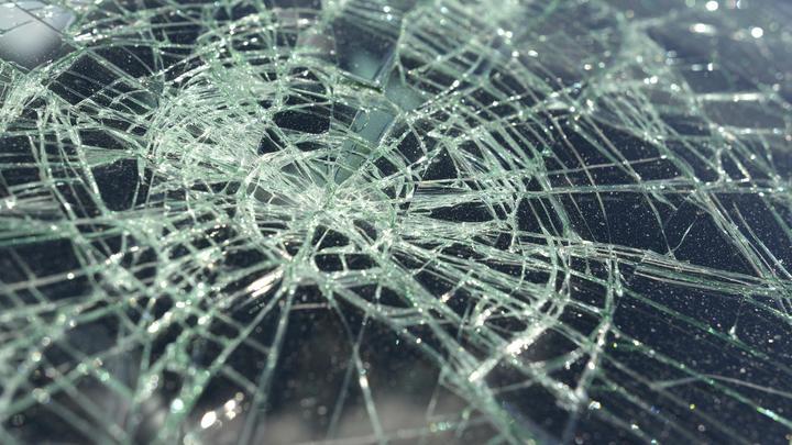 В Новосибирске в ДТП с пассажирским автобусом погиб человек