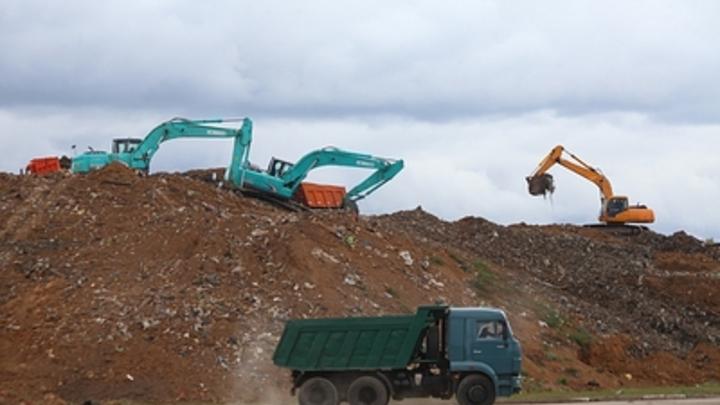 В Башкирии гараж превратили в нелегальный склад для ковидных отходов