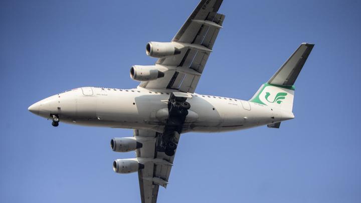 Израильские истребители опасно сблизились с иранским лайнером: На борту началась истерика