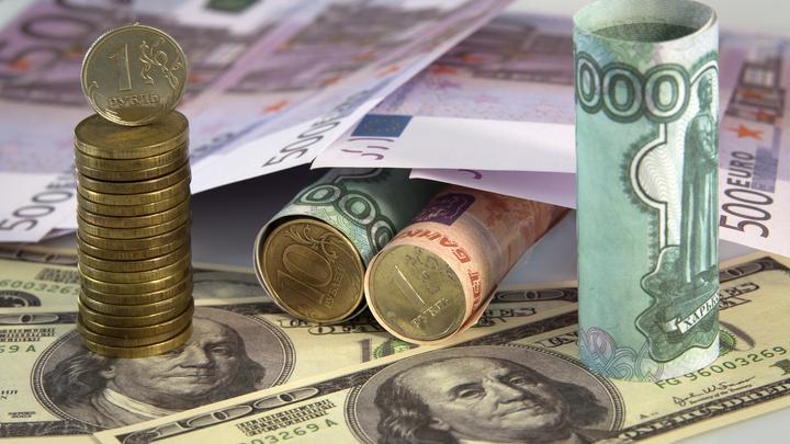 Банки делают из русских рабов: Миллиардер Рыбаков разнёс ипотечную плантацию