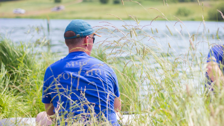 На Бору мужчина утонул в озере, спасая ребенка