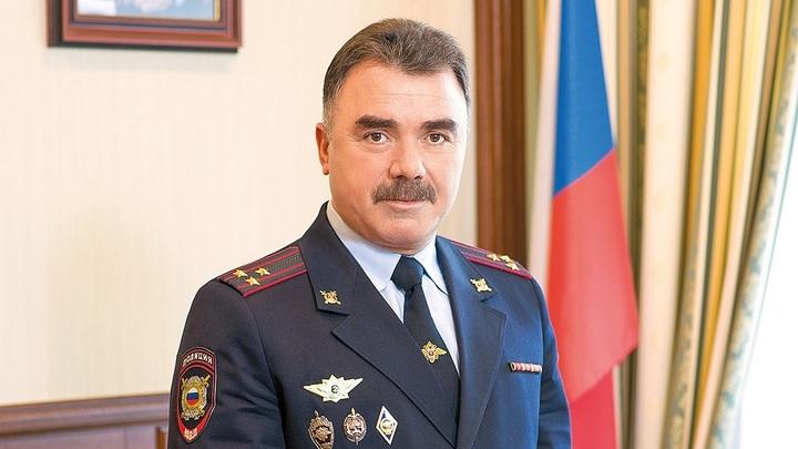 Начальник УМВД по Тольятти Хейрулла Ахмедханов лично задержал преступника: тот угрожал оружием