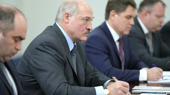 Президент Белорусии отверг идею транзита: Никаких преемников
