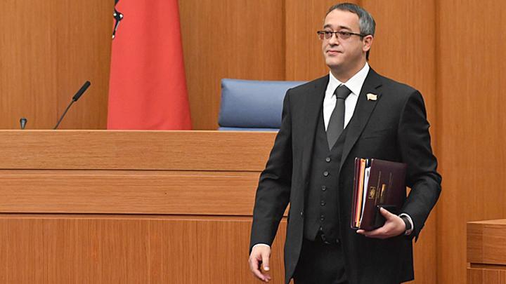 """Всё спустят с рук: Миллиардер Шапошников продолжает """"служить"""" России"""