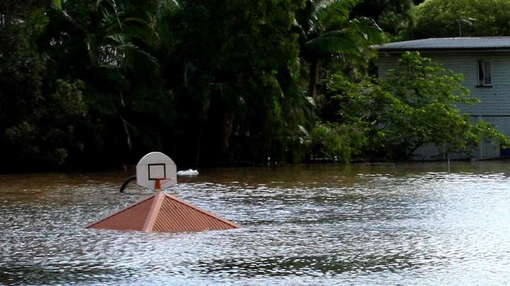 В Австралии власти намеренно затопили 2000 домов жителей Квинсленда
