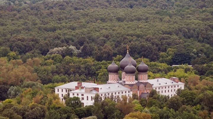 Настоятель Покровского храма в Измайлове скончался от коронавируса