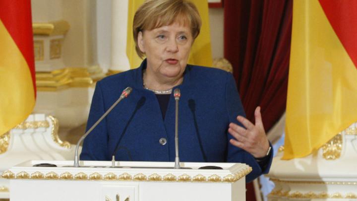 Меркель снизошла до Зеленского, и это несомненный успех: Эксперт – о признании Евросоюзом нового президента Украины