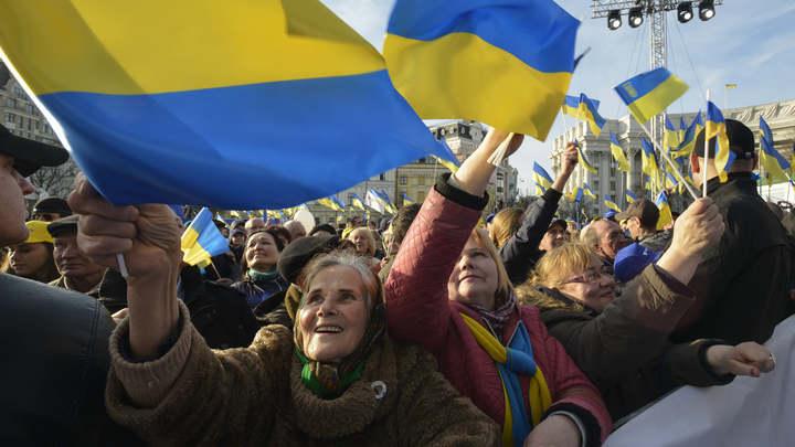Наблюдатели из ЕС, закрыв глаза на изъяны украинских выборов, посоветовали ждать второго тура