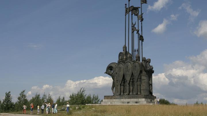 На коне или на ногах? Нижегородцы выберут памятник Александру Невскому к 800-летию города