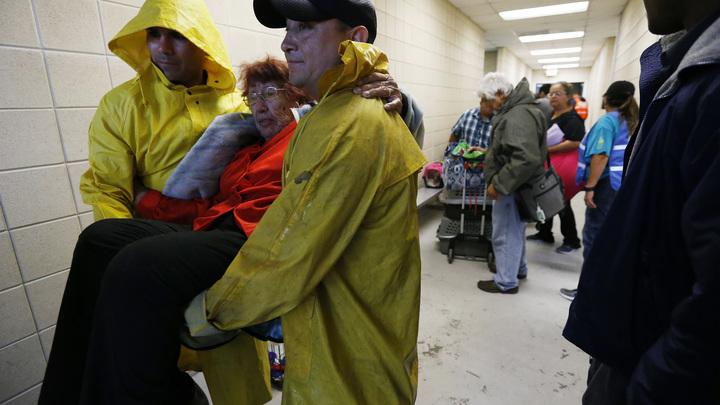 От обрушившегося на Техас урагана пострадали 10 человек