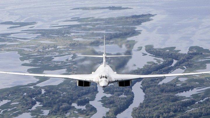 Покинувшие Венесуэлу российские Ту-160 провожали словами спасибо – видео