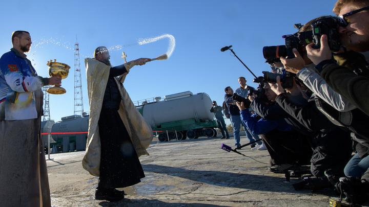 Можно ли освящать оружие массового поражения? В Русской Церкви подняли непростой вопрос