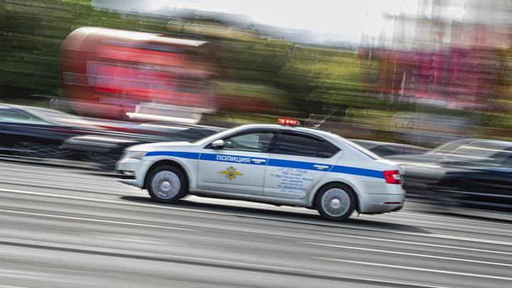 Пожилая пара погибла при столкновении с фурой в Свердловской области