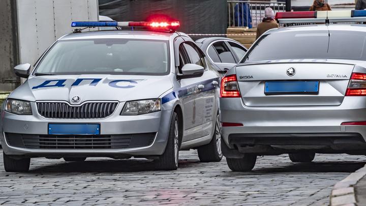 В Краснодаре хозяйке «Мерседеса» грозит штраф в 1500 рублей за ДТП с участием 4 авто