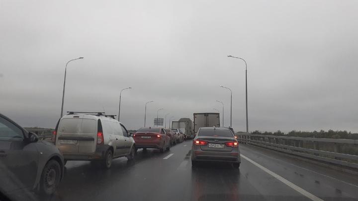 Круглосуточные пробки на въезде в Нижний Новгород образовались из-за ремонта Борского моста