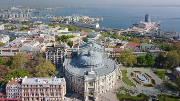Украина на грани нового распада: Почему страхи Киева о бегстве Одессы реальны - политолог
