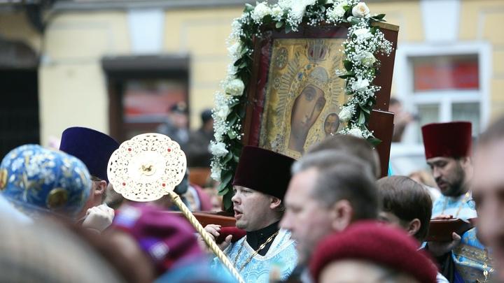 Духовная скрепа русского народа: Путин об особенности собора Казанской иконы Божией Матери