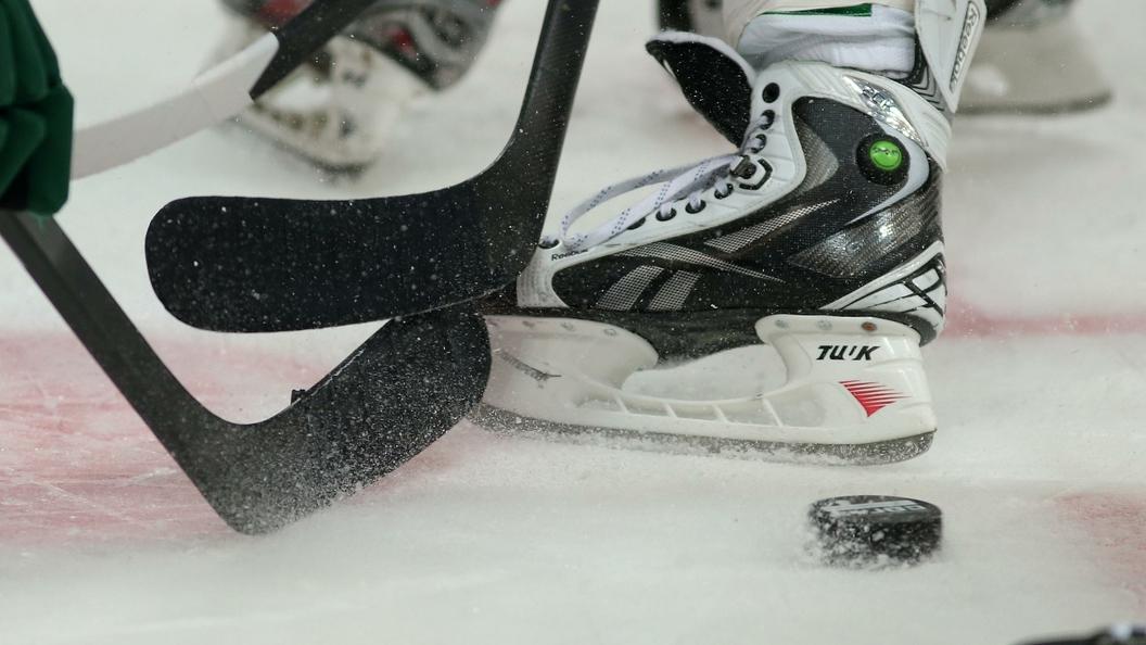Хоккеисты юниорской сборной РФ проиграли жителям Америки в ¼ финала домашнегоЧМ