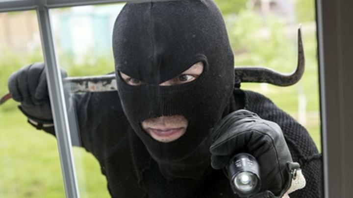 В Забайкалье задержали серийных взломщиков платежных терминалов