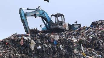 По мусору я уже разобрался: Иванов назвал невозможным ликвидировать свалку в Балашихе за год