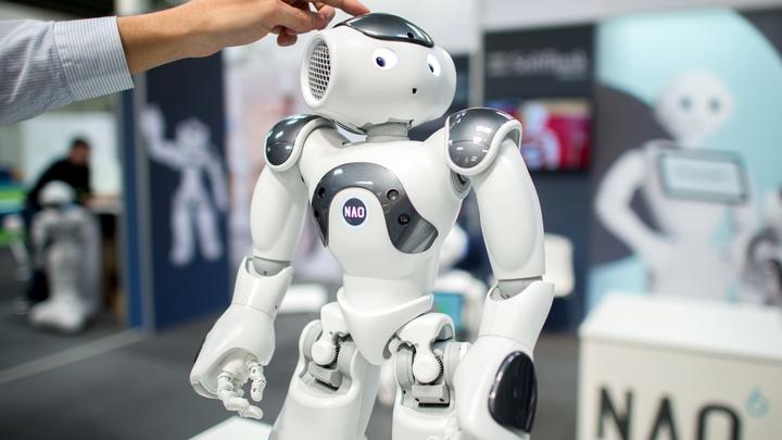 Мне грустно оттого, что я вас всех подвёл: Эмоциональный робот признал свои ошибки