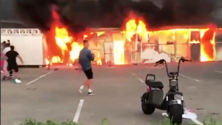 В Сочи на территории Олимпийского парка потушили сильный пожар