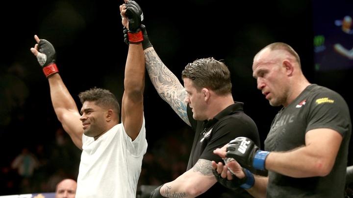Второй турнир UFC в России состоялся: Его итоги настораживают