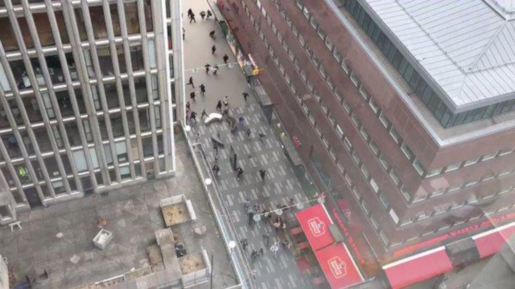 Полиция задержала подозреваемого в наезде на людей в центре Стокгольма