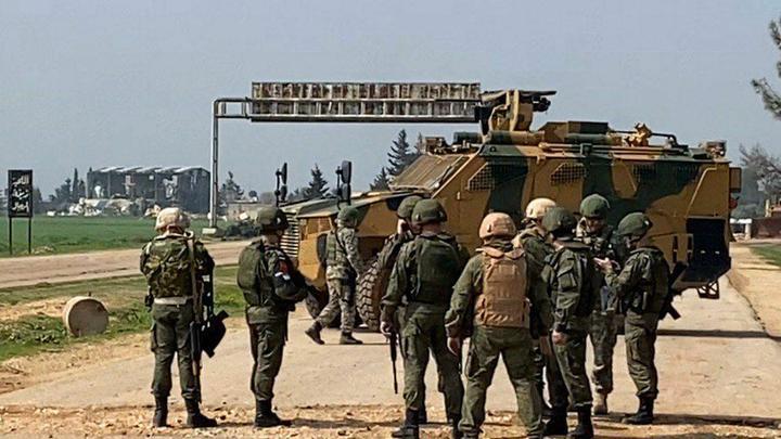 Убей русского: Военкор показал террористов, поющих частушки под турецким зонтиком в Идлибе