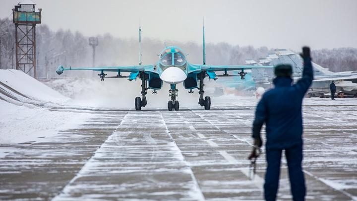 Написали в рапортах: Экипажу Donald Cook предложили отмыть палубу после визита Су-24